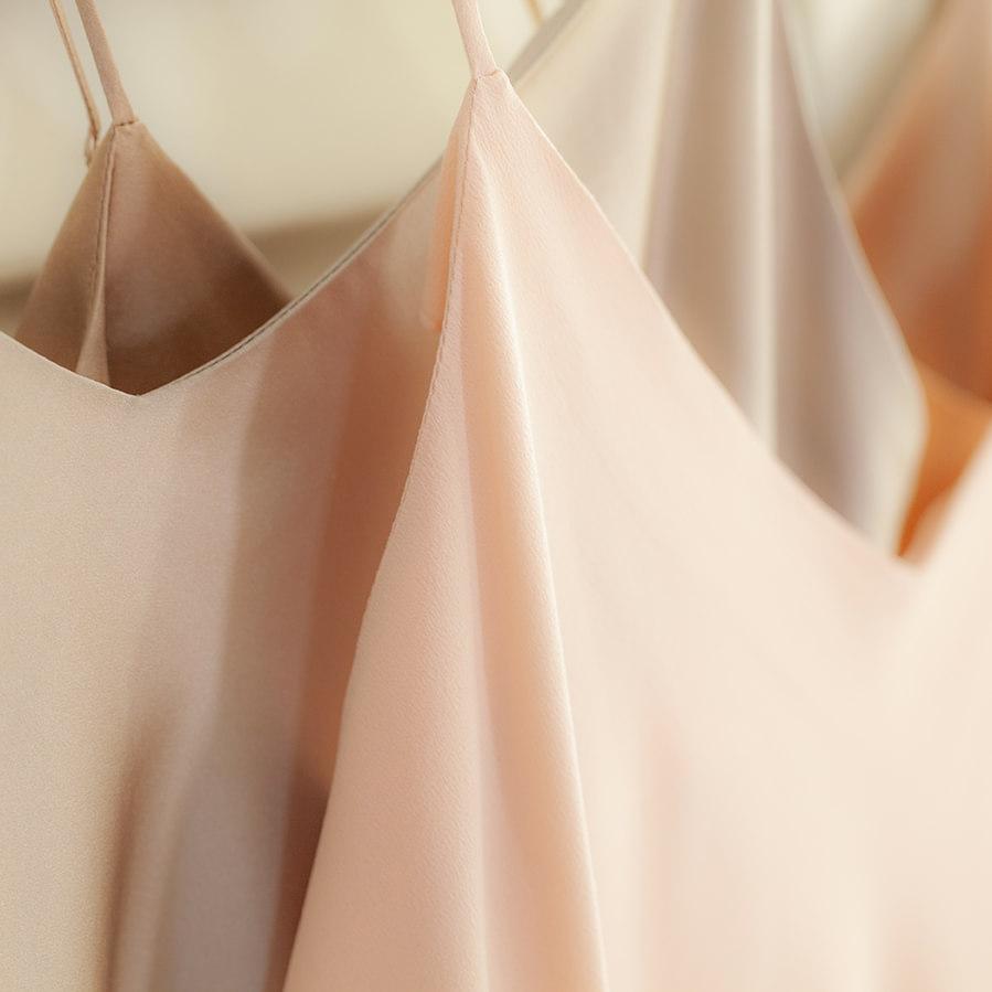 robe en soie ivoire Jeanne Voilier, créatrice soie de jour et bijoux précieux