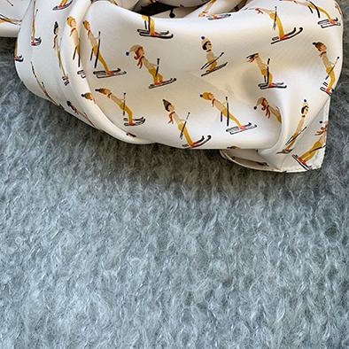Robe en soie Mastic collection Louise, Jeanne Voilier créatrice soie de jour et bijoux précieux