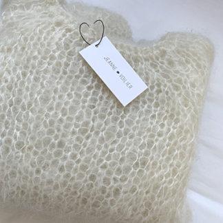 collection mailles tricotées main | Jeanne Voilier créatrice soies de jour et bijoux précieux